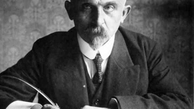 Alois Rašín pocházel z rodiny pekaře, který se vypracoval až na poslance. To ovlivnilo jeho životní kariéru.