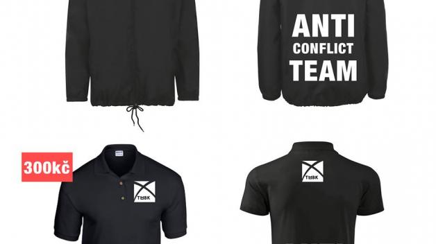 Chcete být zbyteční? Kupte si od Tomáše antikonfliktní tričko nebo bundu a budete stejně zbyteční jako protikuřácké jednotky na Praze 1.