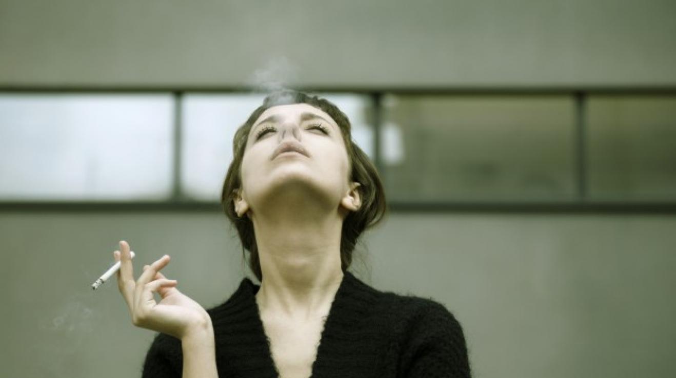 skvělé kouření videa anální bělení porno