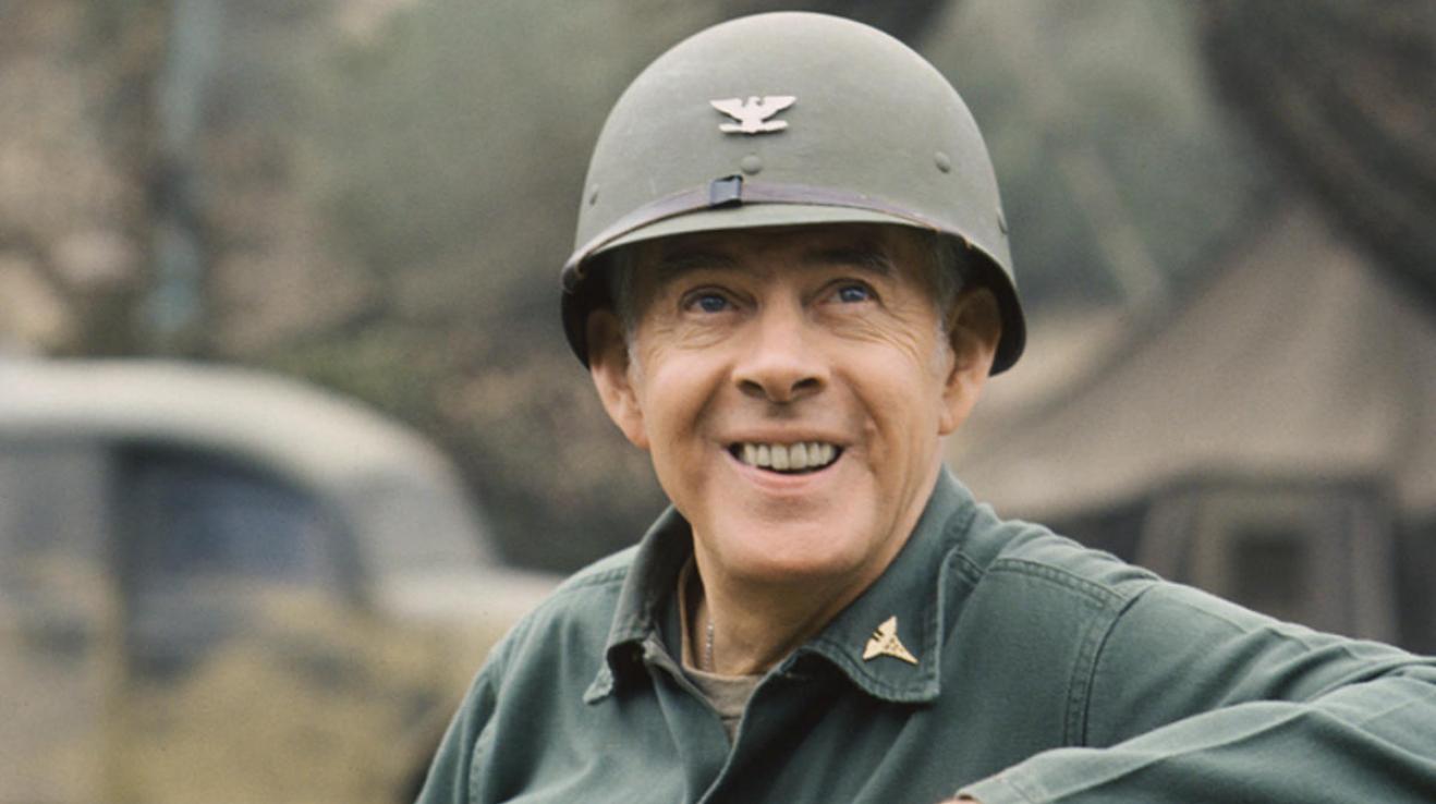 Před šesti lety zemřel Harry Morgan aka plukovník Potter z MASHe. Takže, tady máte 6 zajímavostí o kultovním seriálu.