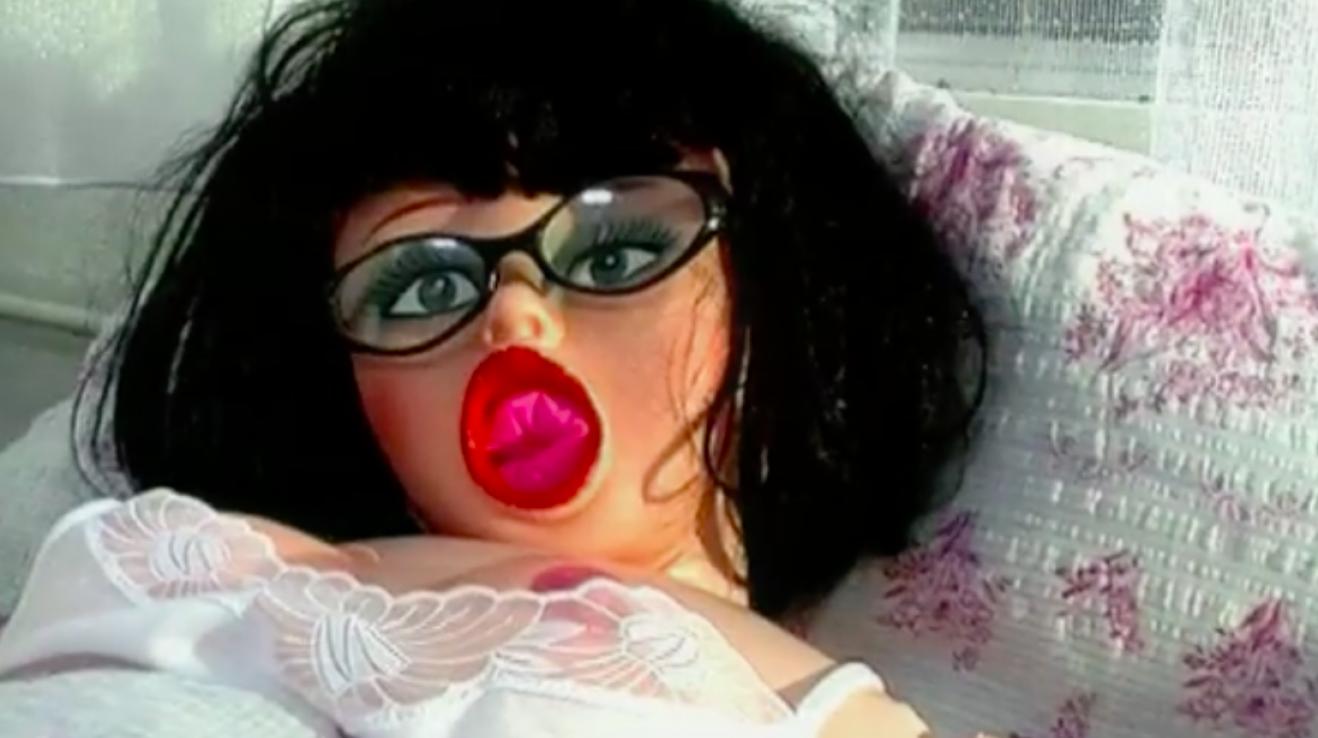 japonské mužské sexuální panenky baculaté anální sex video