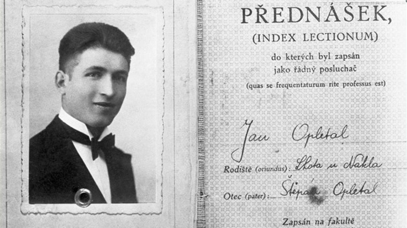 Jan Opletal pocházel z osmi dětí a z malého města, přesto se dostal do Prahy na studia, zvolil si medicínu.