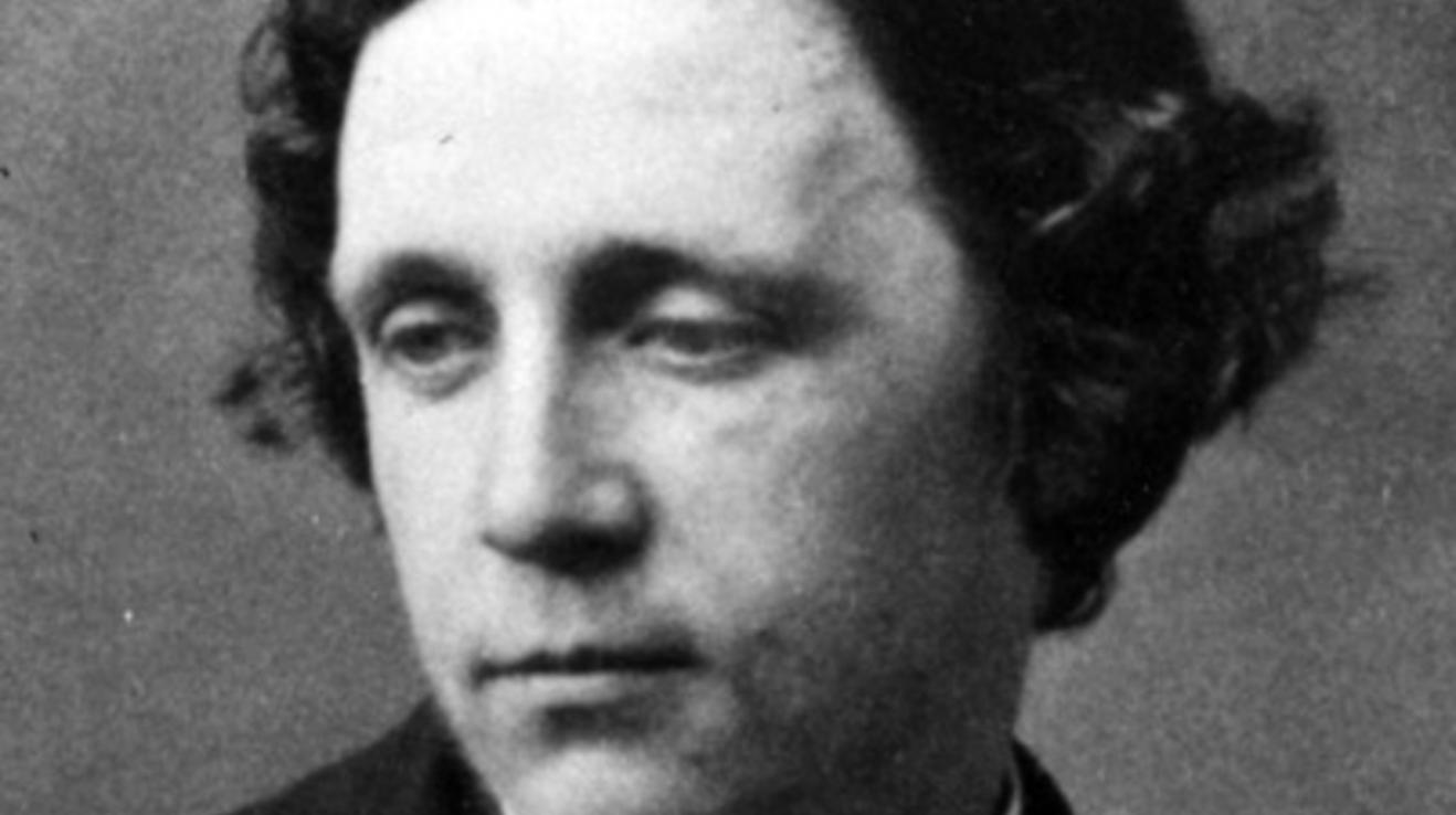 O autorovi Alenky v říši divů Lewisu Carrollovi se říká mnoho věcí - že byl pedofil nebo že kuchal prostitutky.