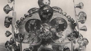 Snímek svatováclavské koruny z doby druhé světové války.