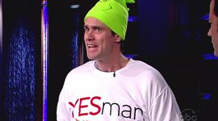 Jim Carrey, majitel gumového obličeje, ztvárnil desítky komediálních rolí. On je skutečně zárukou, že se u filmu zasmějete.