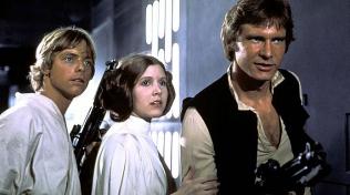 Star Wars: Epizoda IV - Nová naděje (1977) - tímto snímkem odstartovala jeho hvězdná sláva.
