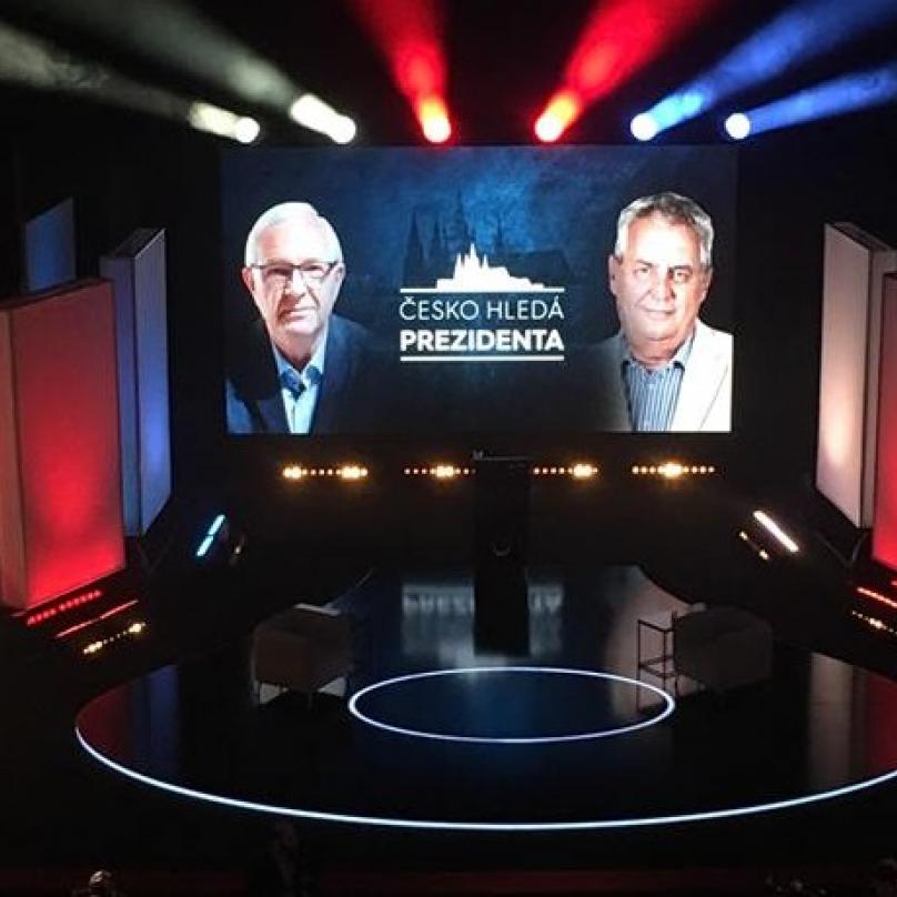 První duel Zeman – Drahoš proběhl na Primě pod moderátorským dohledem Karla Voříška, oproti debatě na České televizi šlo o estrádu