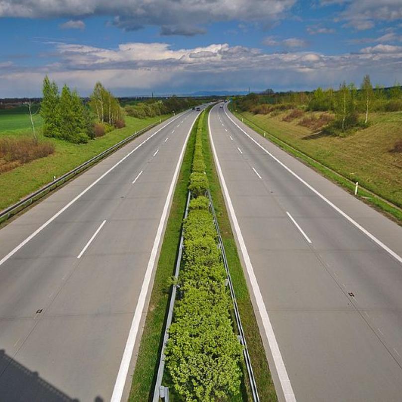 D1, úsek u Prostějova. Takhle prázdná je pouze tehdy, pokud je uzavřená.