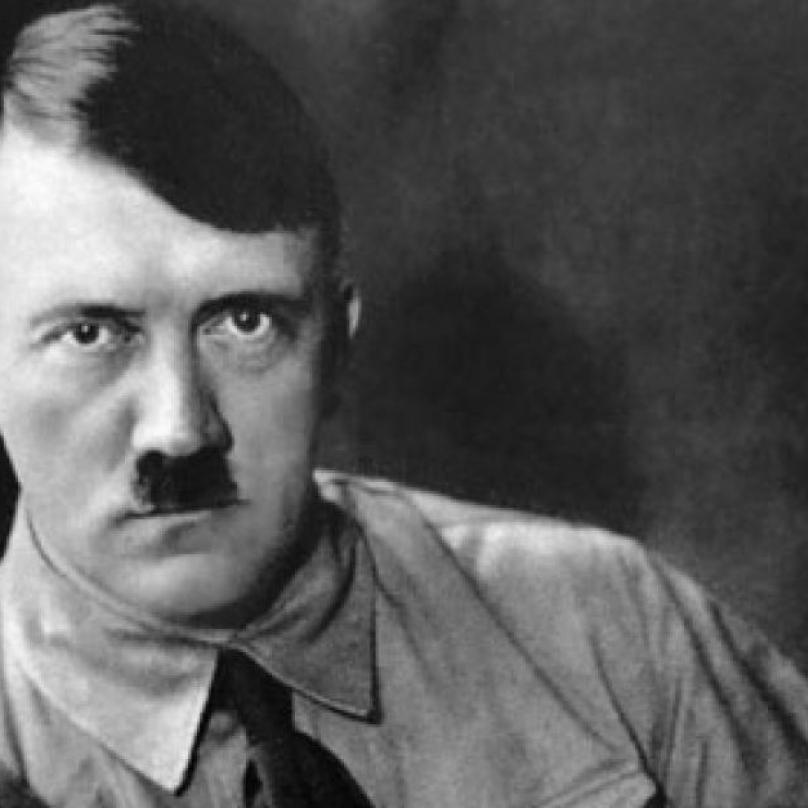 Adolf Hitler byl osoba třetího pohlaví a jmenoval se Heike Mann