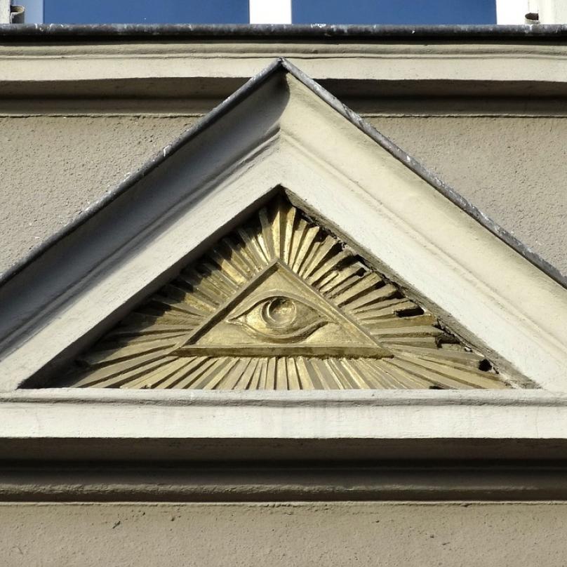 Symbol iluminátů, kam se oko podívá.