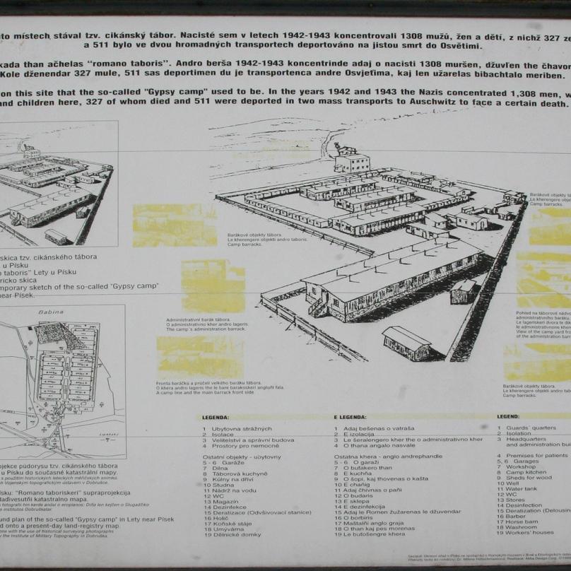 Momentálně minulost místa připomíná jen pár pomníčků a informačních tabulí.