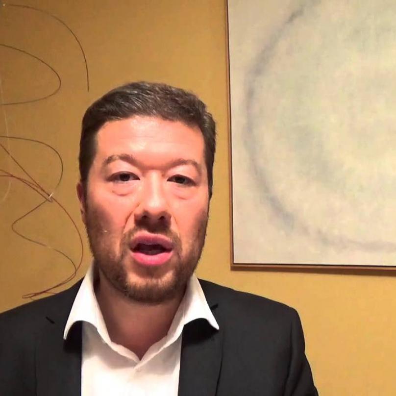 V roce 2017 obdržel cenu Tomia Okamury Tomio Okamura