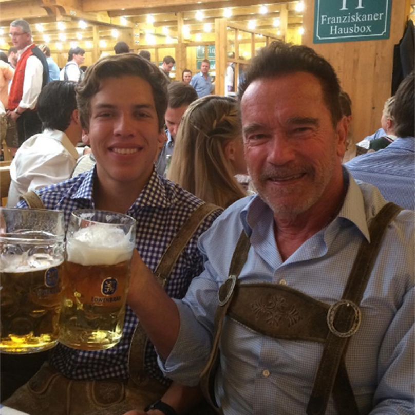 Ač proslul jako americký akční hrdina, rakouské kořeny Arnold Schwarzenegger nijak nezapírá a je na ně hrdý.