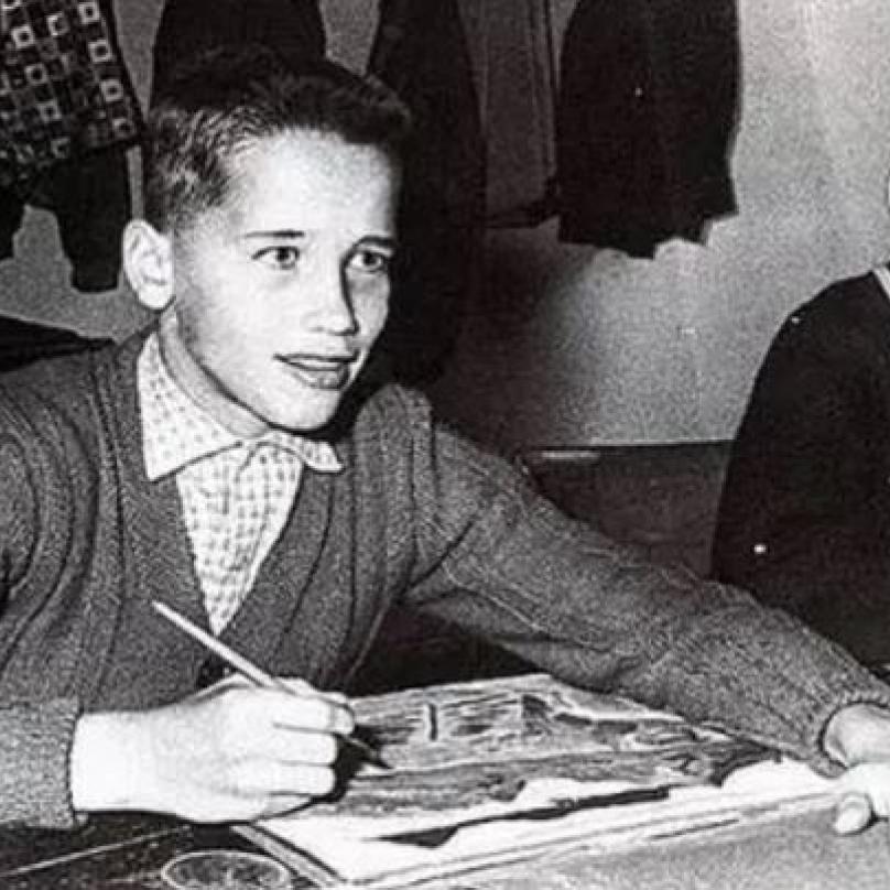 Arnold Schwarzenegger neměl snadné dětství. V dospělosti si ale vše vynahradil.