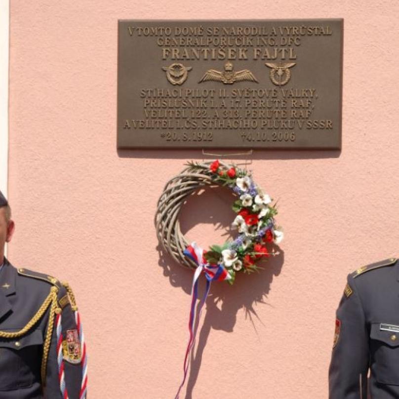 Rodný dům Františka Fajtla v Doníně na Lounsku. Zde vyrůstal válečný hrdina.