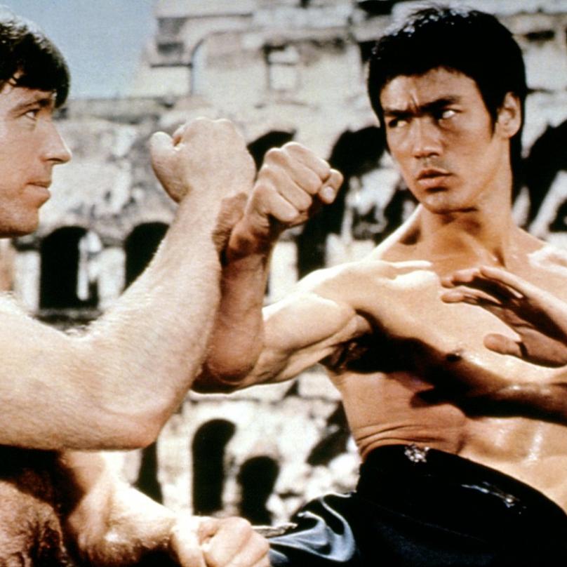 Ve filmech se nejprve objevoval jako kaskadér, až role padoucha ve filmu Bruce Leeho Cesta draka z něj udělala hereckou hvězdu.