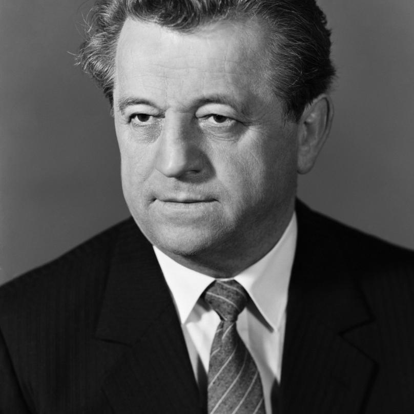 Antonín Kapek vedl už před podpisem zvacího dopisu korespondenci se sovětským vůdcem Leonidem Breněvem.