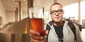 Při prohlídce varny se neostýchejte zeptat, zda vám dají ochutnat horkou sladinu. Kromě ní dostanete i výklad o tom, jak zdravý prospěšný je to nápoj.