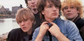 Na počátku byli spolužáci, kteří se rozhodli, že se proslaví jako kapela. A povedlo se jim to na výbornou.