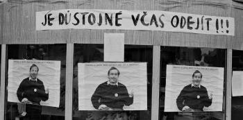 Další momentka z listopadové Plzně 1989