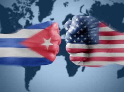 Vztahy USA a Kuby se opět vyostřují. Za vším je podezření z útoku na americké diplomaty.