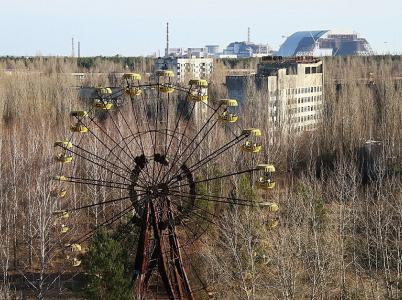 Jedním ze symbolů Černobylu je i opuštěné ruské kolo v Pripjati.