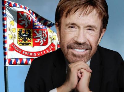 Chuck Norris zvítězí nad lží a nenávistí a vlastně i vším ostatním.