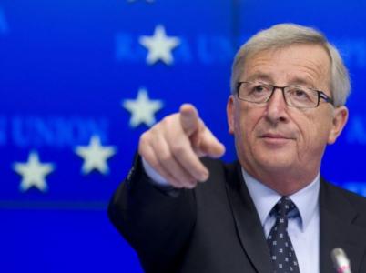 Předseda Evropské komise Juncker jako by pozbyl veškerou racionalitu. Členské státy musí doplácet i na nefunkční kvóty z jeho hlavy.