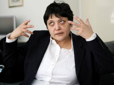 Vzpomínáte na ministryni pro lidská práva Džamilu Stehlíkovou? Připomenout ji lidem chce TOP 09.