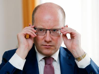 Bohuslav Sobotka svým rozhodnutím podat demisi vlády všechny překvapil.