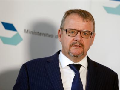 Pracuje ministr Ťok pro Česko, nebo pro billboardovou lobby?