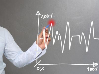 Kde je nabídka, musí být i poptávka. To čím dál tím více platí i pro internetové poptávkové servery, které zažívají boom.