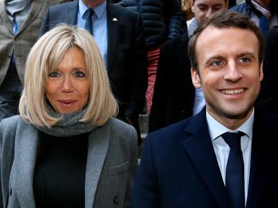 Macron předesílal, že po zvolení musí Francouzi počítat s ním a jeho chotí jako s týmem. Že to budou muset platit z daní, nedodal.