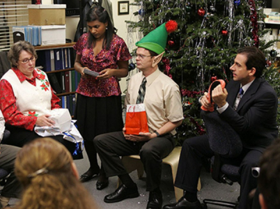 Vánoční firemní večírky - zlo, které se nutně musí stát a vy se ho rozhodně musíte účastnit.