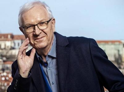 Bude to nakonec Drahoš, kdo se stane představitelem České republiky? Podle odborníků je to velmi otevřené a šanci má stejnou jako Zeman.