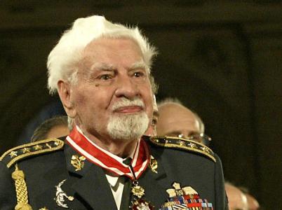 Uznání se František Fajtl dočkal až po pádu komunismu. Zemřel v hodnosti generálporučíka ověnčeného mnoha vyznamenáními.