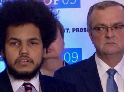 Dominik Feri je typickým zástupce mladých liberálů v TOP 09. S tím občas narazí u konzervativnějších starších členů.