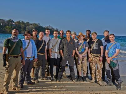 Trosečníci na ostrově zabojují o přežití.