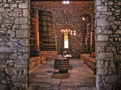 Ostrov Samos, hlavní město stejného jména a v něm půvabné muzeum proslulého samoského vína.