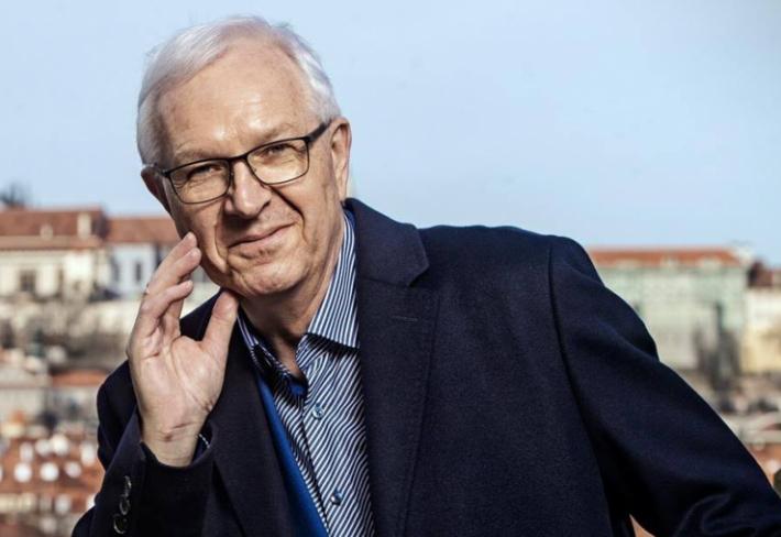 Jiří Drahoš má podle odborníků šanci stát se českým prezidentem. Vaz by mu ale mohlo zlomit několik nepříjemností, a ne všechny může ovlivnit.