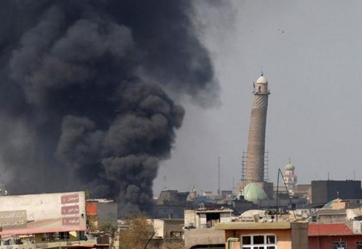 Při obléhání Mosulu byli islamisté donuceni zničit mešitu An-núrí. Ta pro ně měla velkou cenu, jelikož právě zde byl vyhlášen Islámský stát.