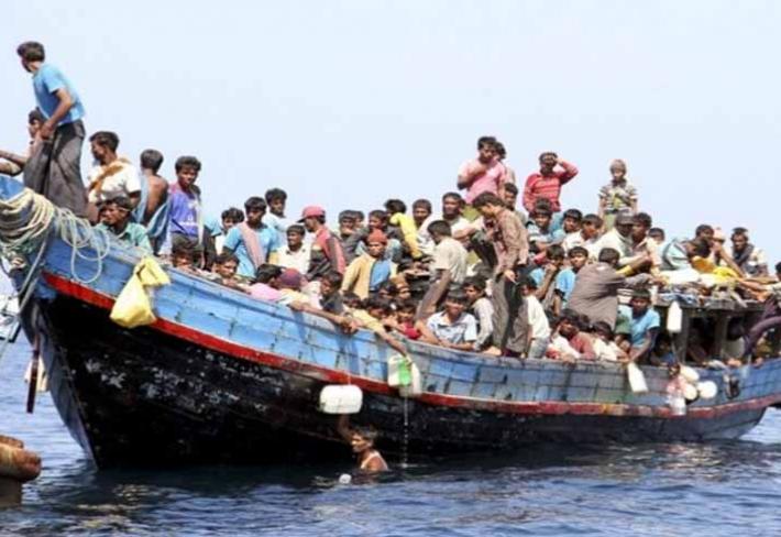 Pyl se k nám dostává na lodích spolu s imigranty