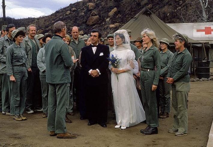 Nashledanou, sbohem a amen. Poslední epizoda MASHe se poprvé vysílala před 35 lety. Co dál dělali populární hlavní herci?