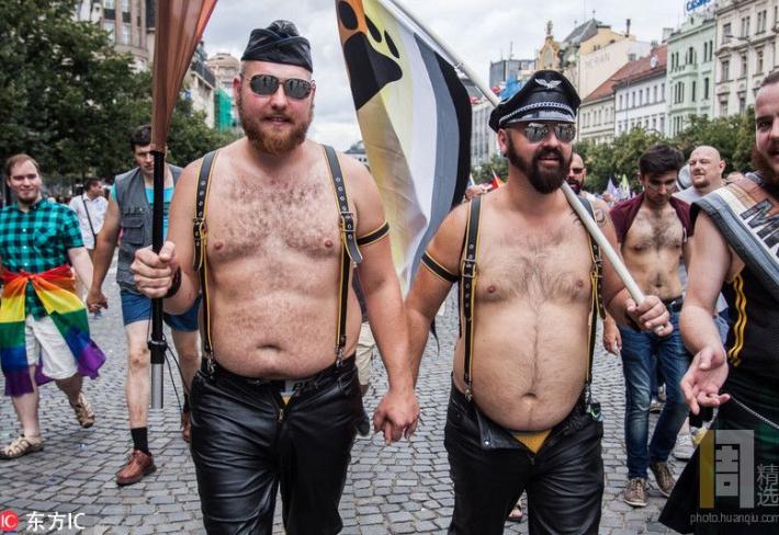 Konečně mají homosexuálové respekt u široké veřejnosti. To vše díky Prague Pride.