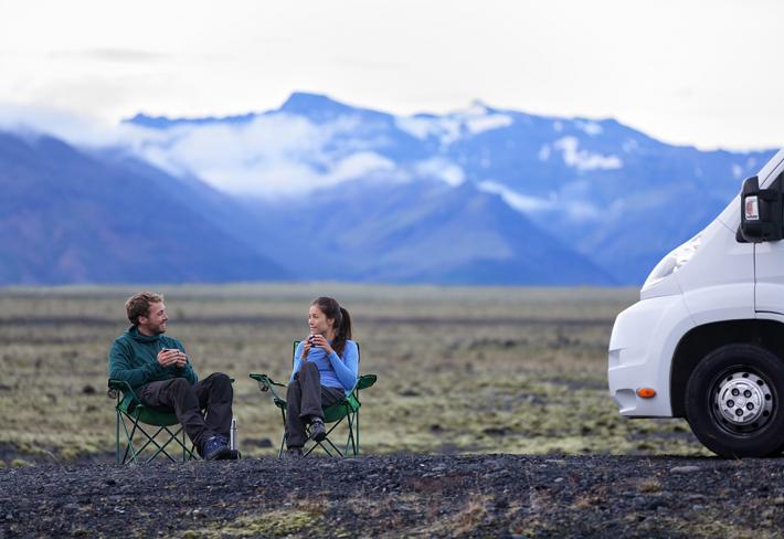 Všechno se dá pohodlně zařídit na místě – od ubytování přes auto až po ničím nerušené výhledy a panoramata.
