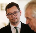 Věrný pobočník Jiří Ovčáček v pracovní době