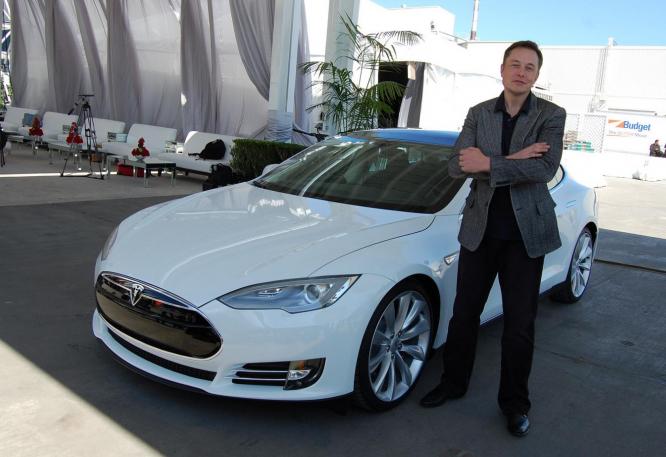 Vizionář Elon Musk je k nezastavení.