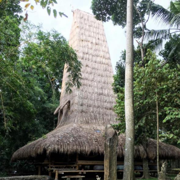 3) Ibuku Team Architects, Ubud, Bali