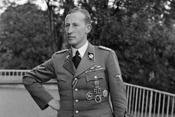 1. Dnes je to přesně 74 let, co Jozef Gabčík a Jan Kubiš zaútočili na říšského protektora Reinharda Heydricha