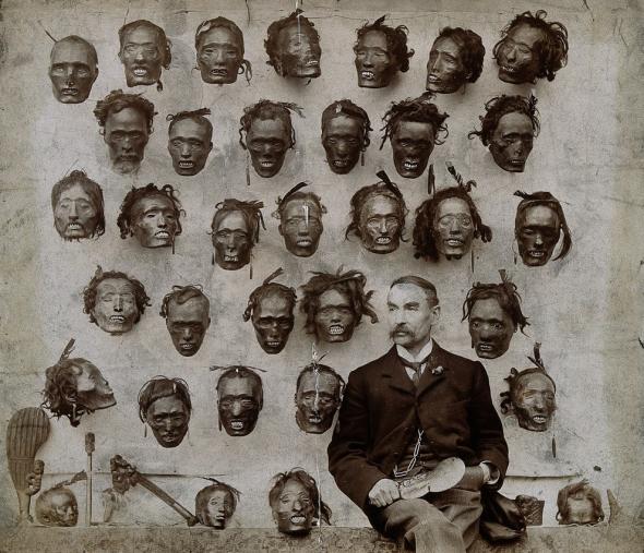 1.  Horatio Gordon Robley a jeho sbírka oddělených hlav (1895)